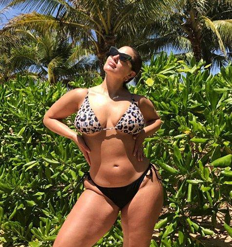 ashley-graham-modelo-curvy